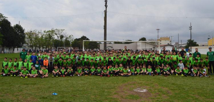 Escola Coxa - Centro de Formação de Atletas d5d58b111602f